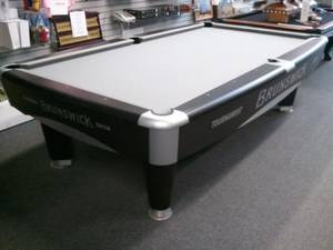 Installations - Brunswick metro pool table